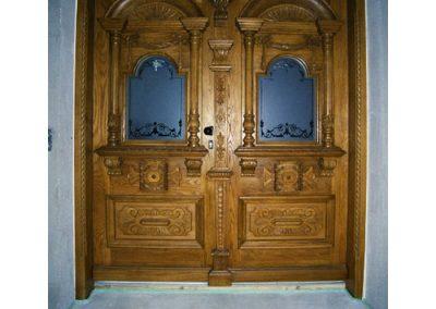 Eiche-Haustüre---Nachbau-einer-2-flügligen-historischen-Haustüre